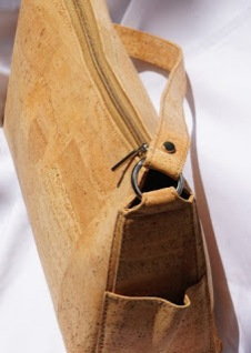 Green Tree Boutiques Ladies Cork Handbag made wtih sustainable cork and vegan leather