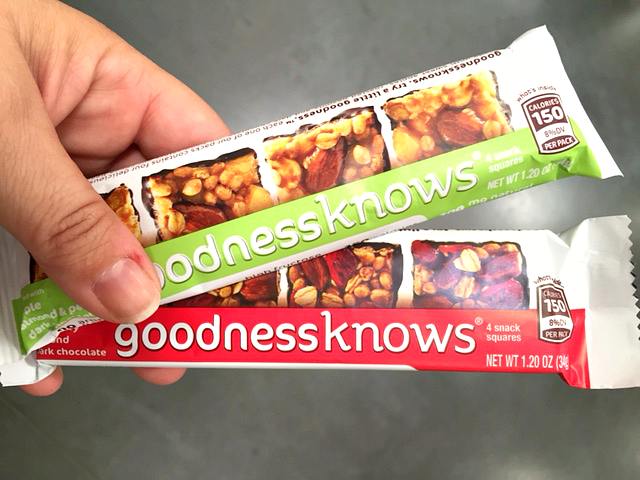 goodness-knows-snack-squares-cranberry-apple