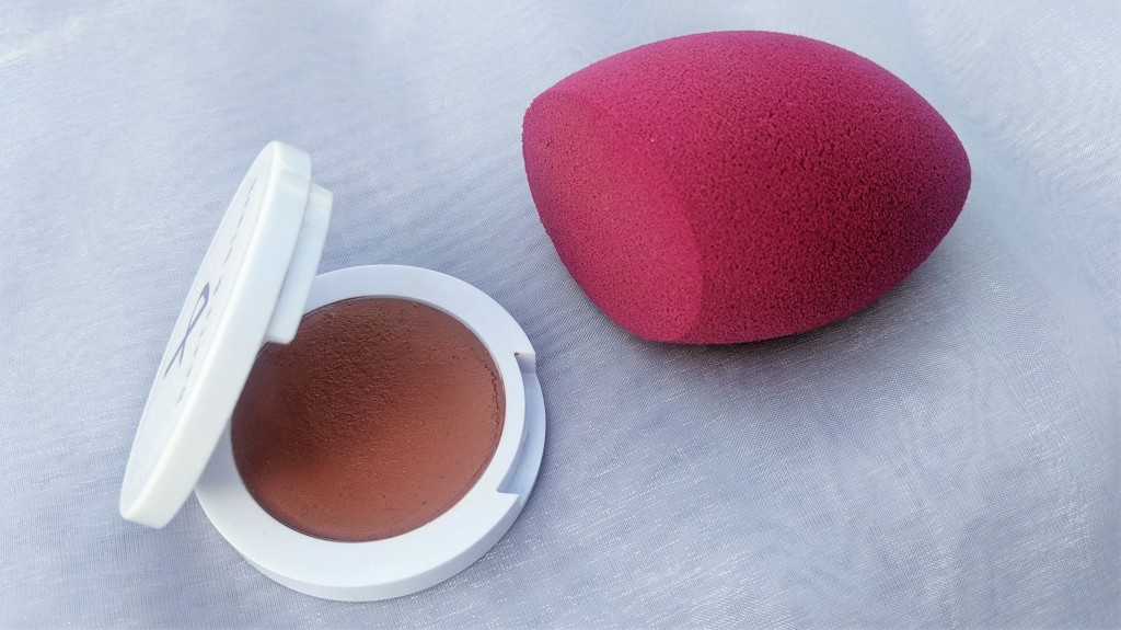 Beets and Blush Athena Cream Blush with the elf Cosmetics Total Face Blending Sponge